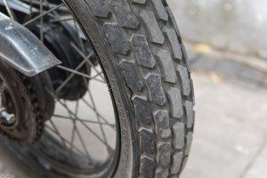 khi nào cần thay lốp xe máy
